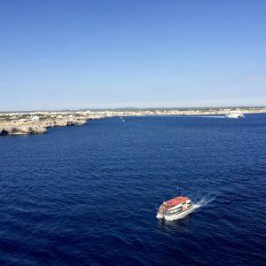 Abfahrt mit Tender, Ciutadella