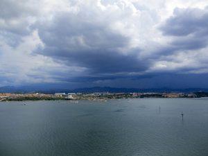 Blick zurück auf Olbia von Costa Victoria