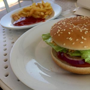 Burger vegano e .... Costa Crociere