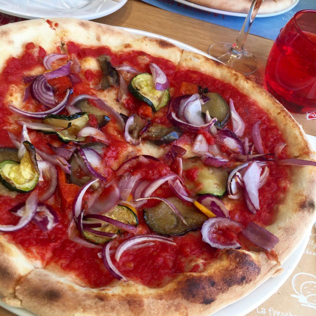 Pizza vegana su Costa Victoria