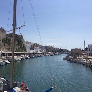 Der fjordaehnliche Hafen von Ciutadella, Menorca