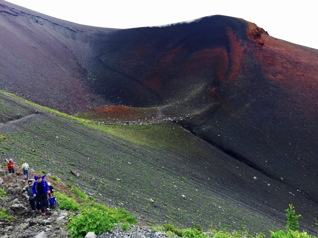 Mount Fuji und Hoei Krater
