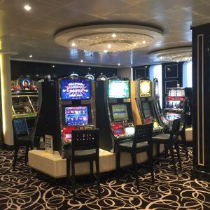 Im Casino der Costa neoRomantica auf Japan Kreuzfahrt