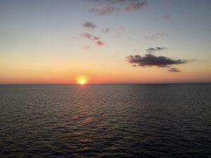 Kreuzfahrt im Mittelmeer - letzter Sonnenuntergang auf dem Mittelmeer