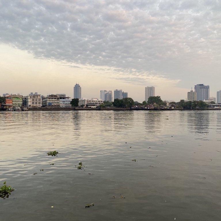 Bangkok vom Wasser aus gesehen