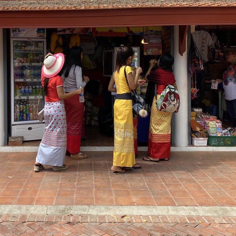 Ayutthaya in einem Tag Ausflug von Bangkok, Kreuzfahrt Südostasien, Besuch Wat Mahathat