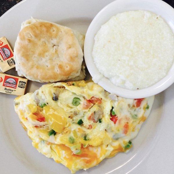 Frühstück - Ausflug und eine Nacht auf Oak Alley Plantation in Louisiana