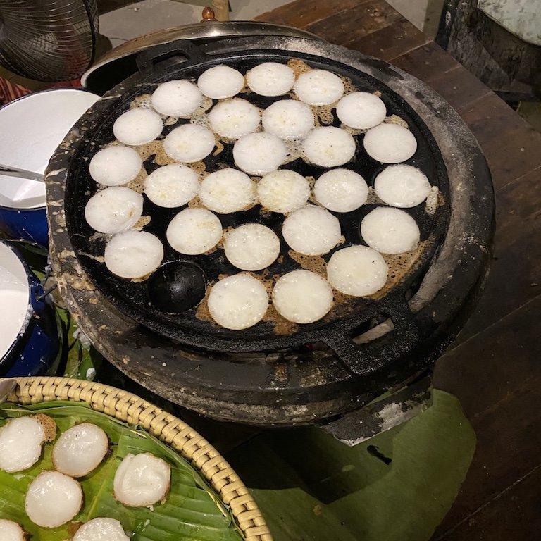 Highlights von Bangkok, Niam Siramit Künstlerdorf Reiskuchen