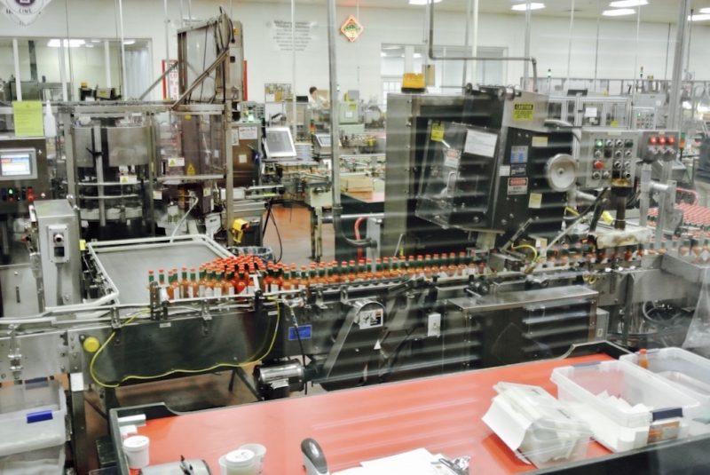 In der Fabrik, Flaschenabfüllung