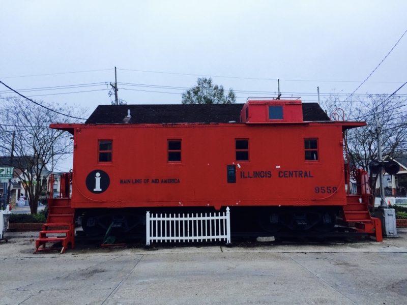 Gretna Town, ein Waggon eines alten Zuges in rot