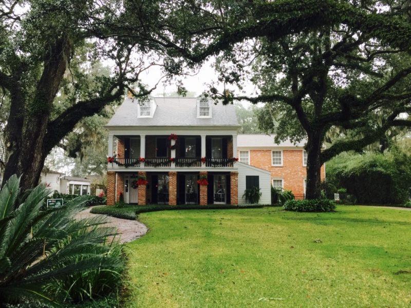 In Louisiana, Haus Fassade und Garten in New Iberia zu sehen