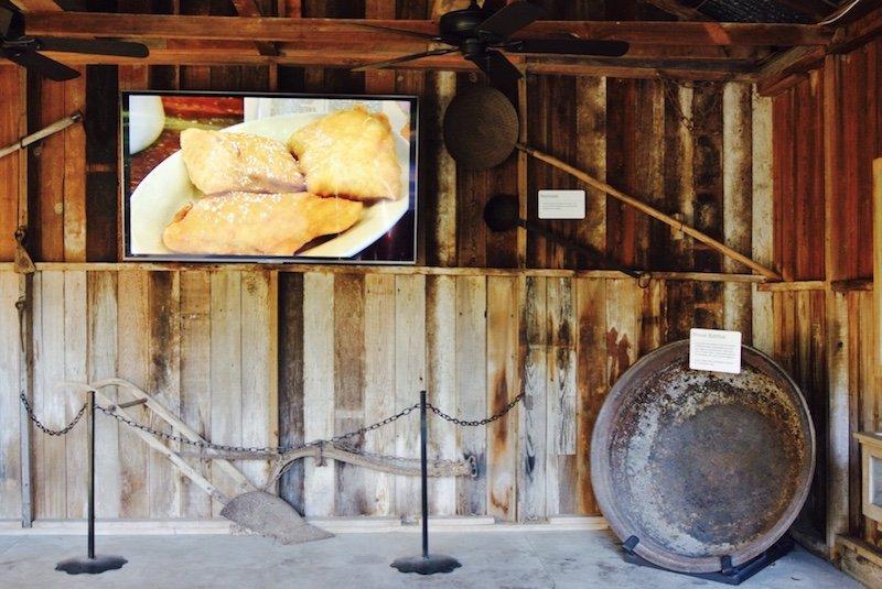 Theater - Ausflug und eine Nacht auf Oak Alley Plantation in Louisiana
