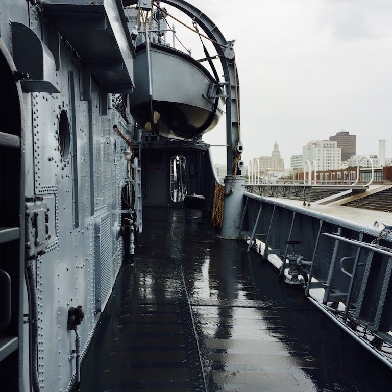 Auf dem Schiff USS Kidd in Baton Rouge, Louisiana