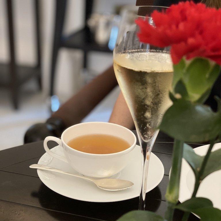 Raffles Afternoon Tee - Tisch Deko und Tee
