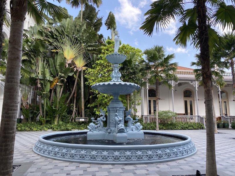 Luxus Raffles Hotel innen - Brunnen