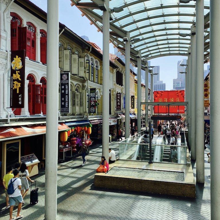 Von der Metrostation Chinatown in die Pagoda Street in Chinatown