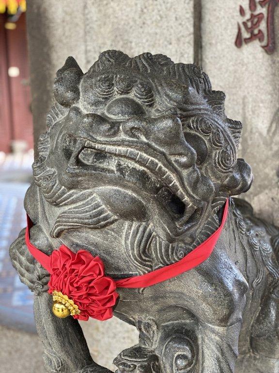 Wächter am Eingang zum Thian Hock Keng Tempel
