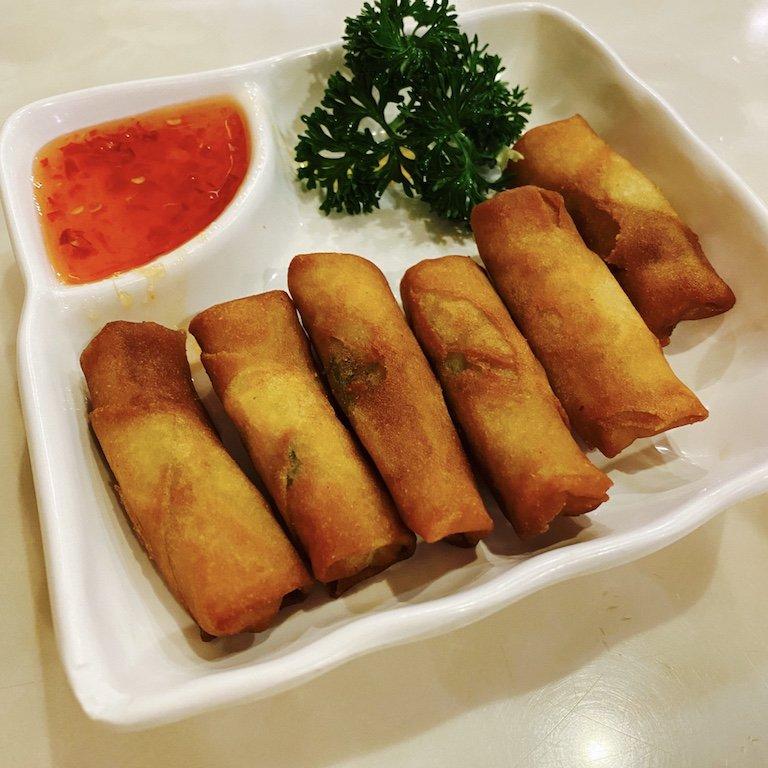 Essen im chinesischen Restaurant in der Smith Street - Frühlingsrollen
