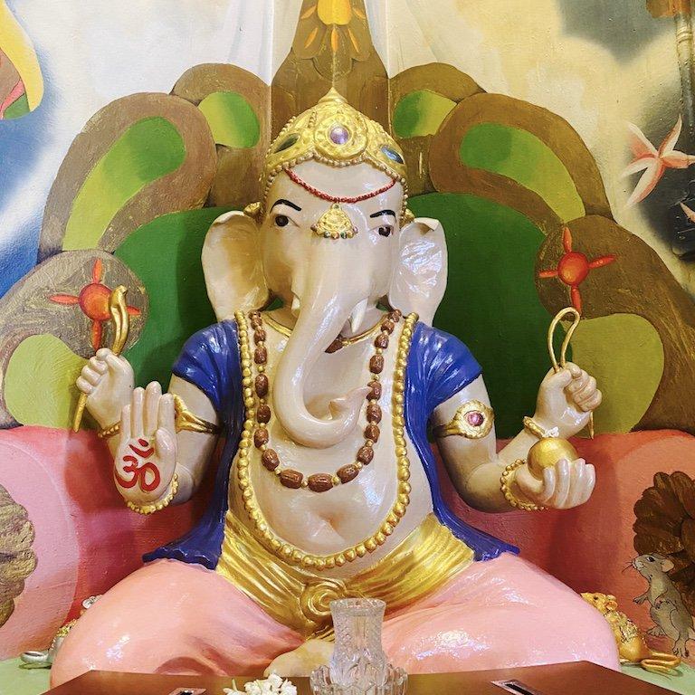 Ganesha im Temple of 1000 Lights - Sakya Muni Buddha Gaya Temple