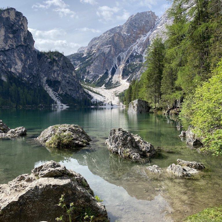 Pragser Wildsee - Blick auf See und Langkofel Gebirge