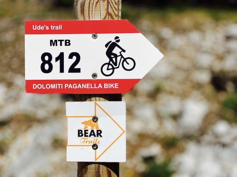 Ude's Trail MTB 812 Schild