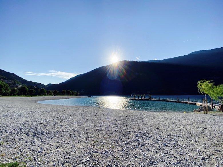 Sonnenaufgang am Molveno See