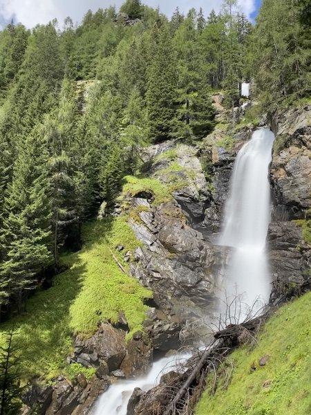 Wasserfall mit Natur
