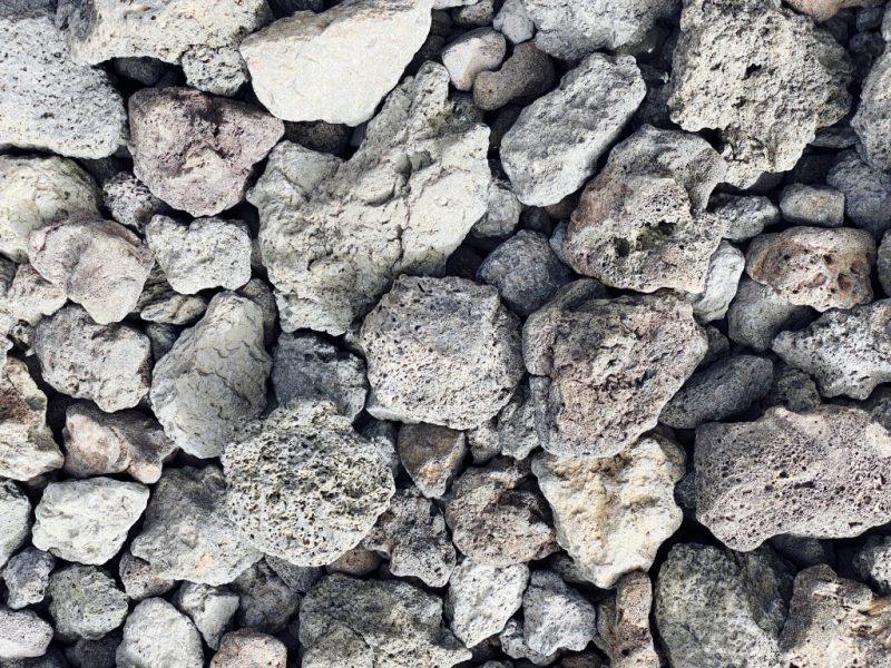 Lavasteine beim Chinyero Vulkan