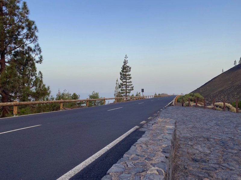 Strasse im Nationalpark del Teide