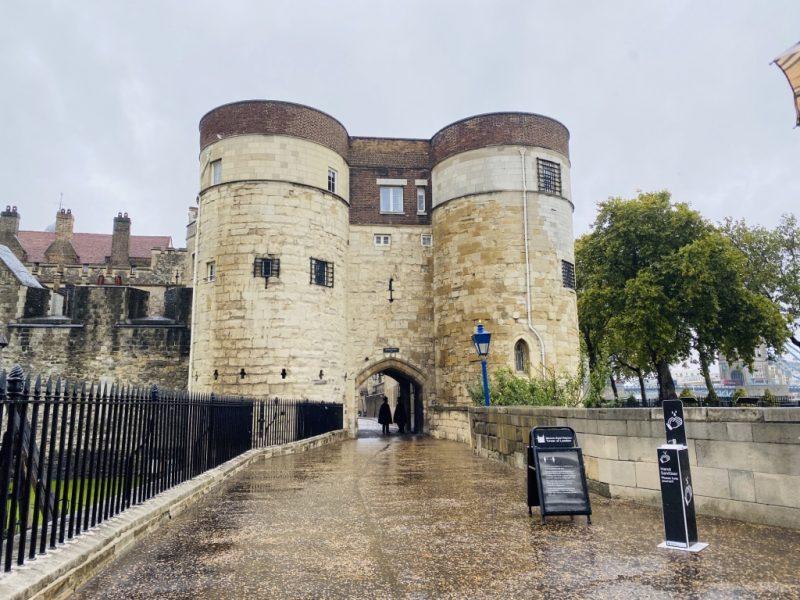 Im Tower of London: Eingangstor