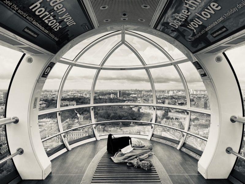 In einer Kapsel des London Eye Riesenrad