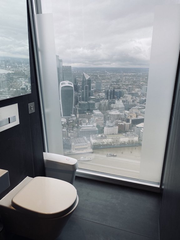 Toilette im The Shard Hochhaus