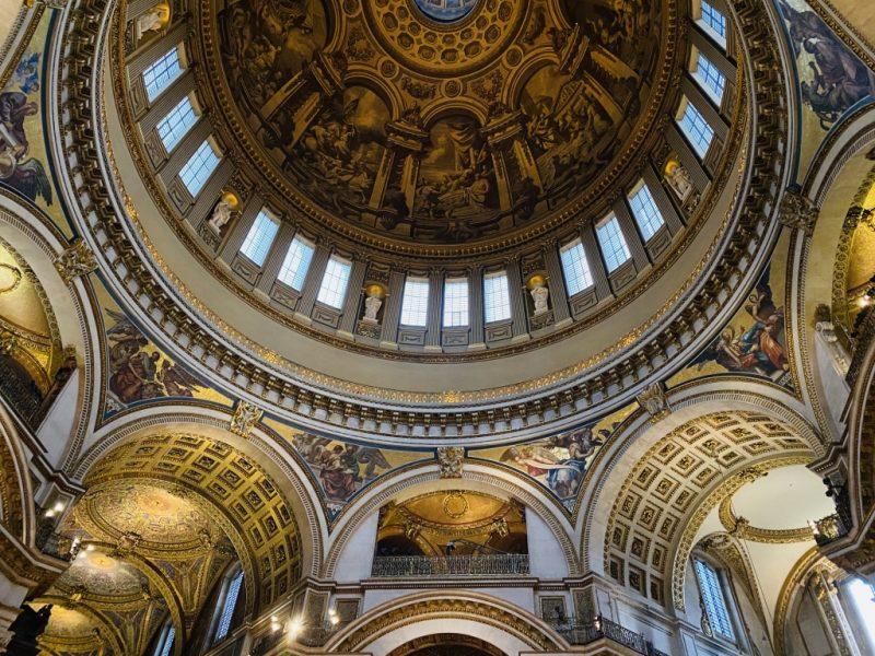 Innenansicht der St. Paul's Kathedrale in London