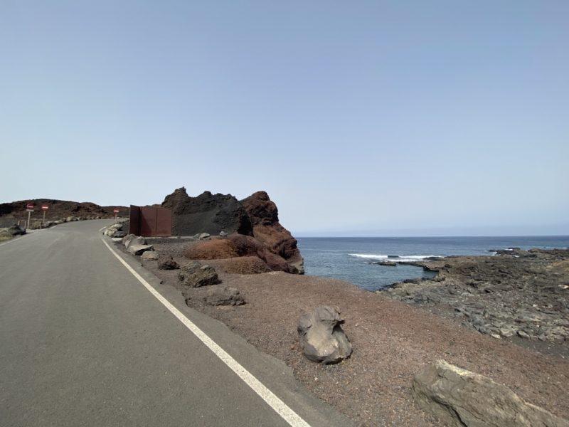 Strasse zum Leuchtturm bei Punta de Teno