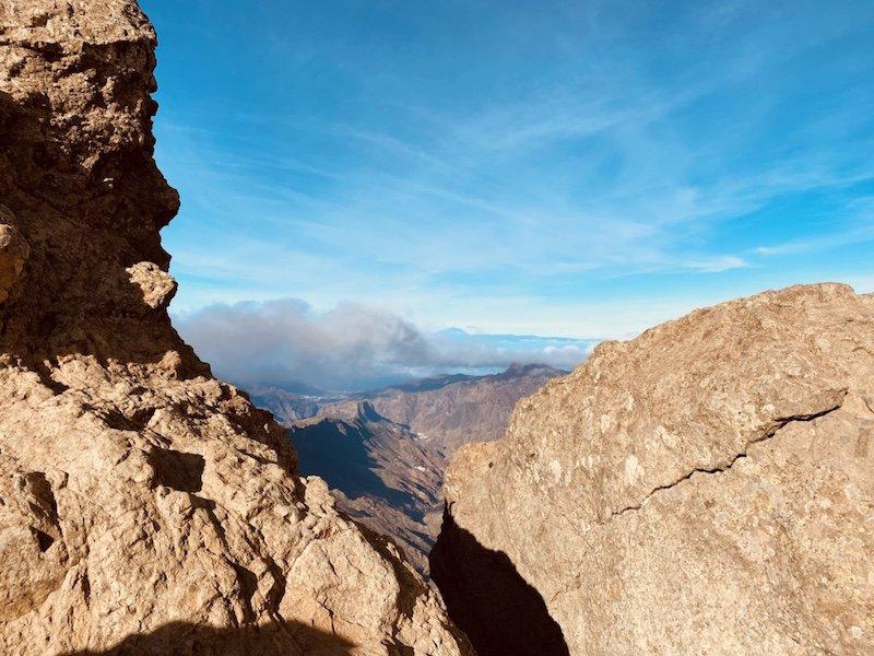 Wanderung zum Roque Nublo und Sicht auf Teneriffa und die Bergwelt Gran Canarias