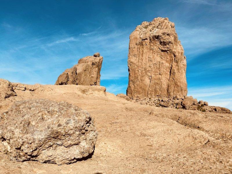 Auf der Plattform mit Roque Nublo Felsen