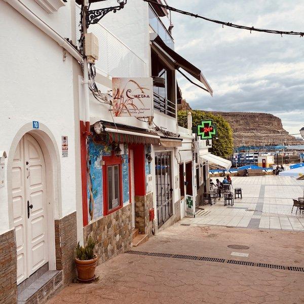 Häuser im alten Ort Puerto de Mogan