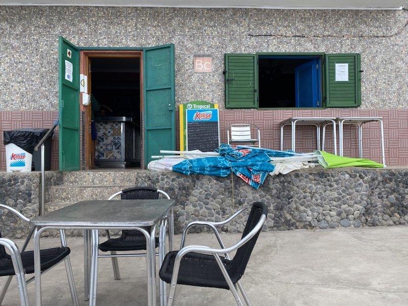 Restaurant bei Playa de Tasarte auf Gran Canaria