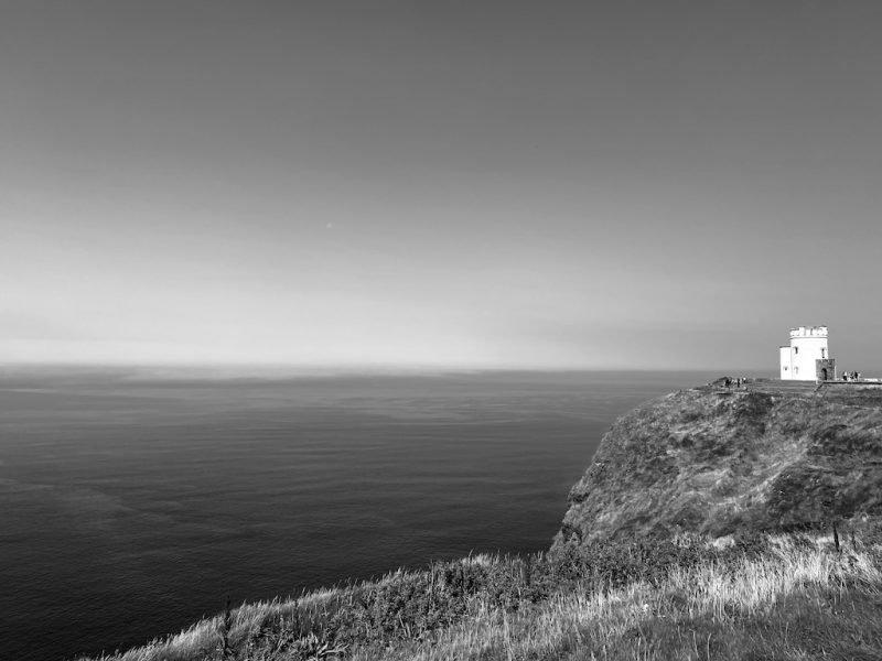 Leuchtturm bei Cliffs of Moher